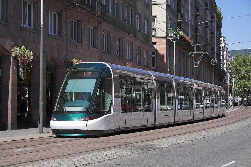 02-Tramway_Strasbourg_FRA_001
